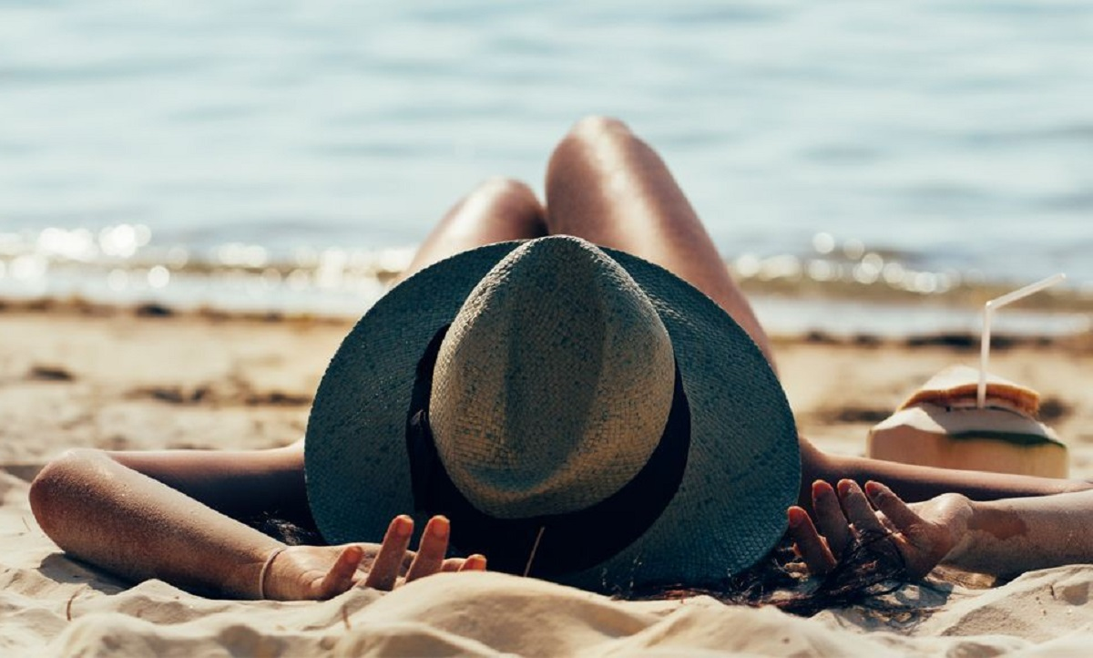 tomar vacaciones en la playa te hace mas feliz estudio