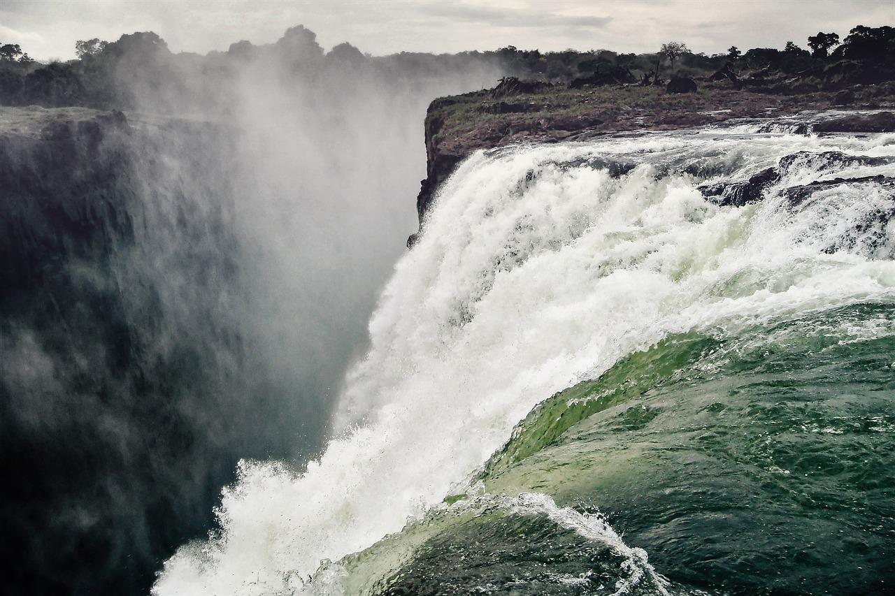 Lugares África cascada vctoria